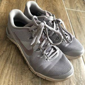 Nike Metcons 4